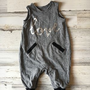 Other - Love Jumper Distressed Edges 3-6 Months